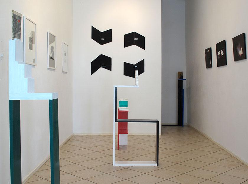 (image: http://meyer-ebrecht.net/Content/../Archive/ExhibitionFolder/ExhibitionsDunkleWolke/bme11-storefront_1web.jpg)